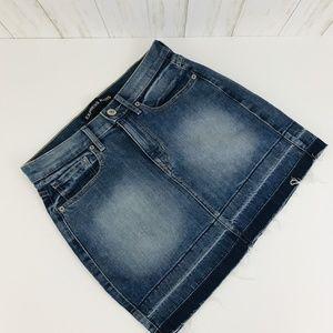 Express Released Hem Denim Jeans Skirt Size 6